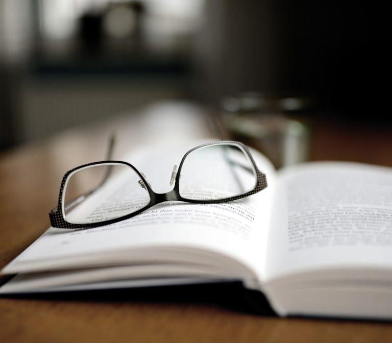 book-4600757_1920-p3m6i1fex552832x6sjzlcona44nsnggpcf082nvx4-min-min